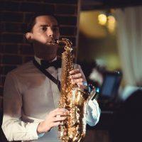 саксофонист на свадьбу в Краснодаре
